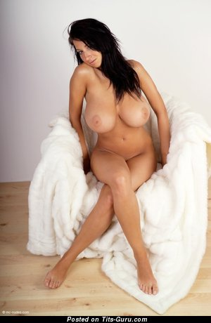 Image. Naked nice lady with huge natural tots pic
