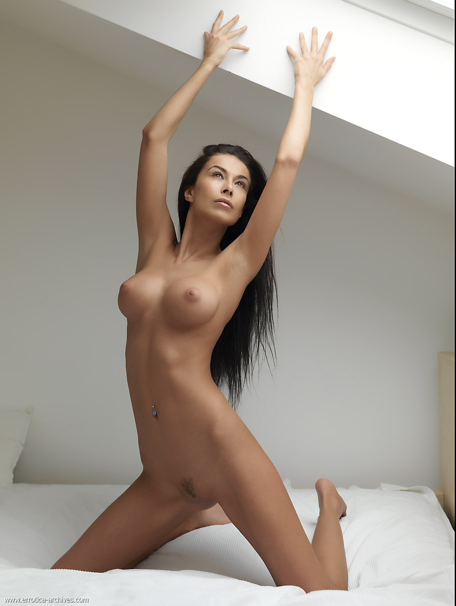 Фото голых красивых восточных девушек 14 фотография