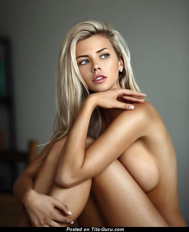Appealing Babe with Appealing Bare Natural Regular Boob (18+ Photoshoot)