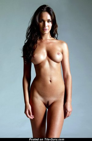 Image. Amateur nude hot girl with medium natural tits pic