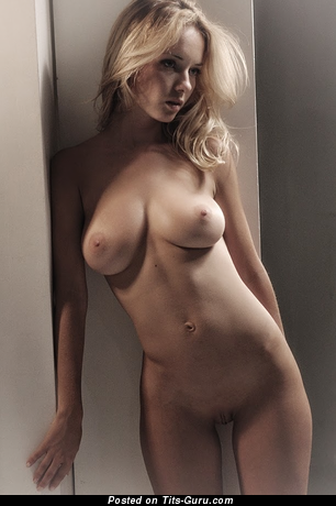 Natali Nemtchinova - topless blonde with medium natural tits and big nipples picture
