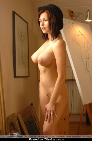 Image. Iga Wyrwal - naked awesome lady with big natural tittys pic