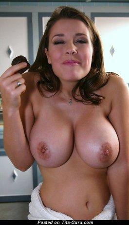 Wonderful Babe with Wonderful Naked Natural Medium Titties (Hd Sex Image)