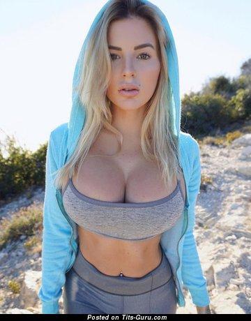 Image. Amateur naked awesome female with fake tittys image