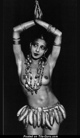 Josephine Baker - Sexy Topless Actress & Singer with Sexy Bald Natural D Size Tittes (Vintage Hd 18+ Pic)