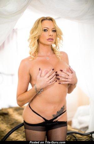 Brianna Banks - Sweet Naked Pornstar (Hd Porn Foto)