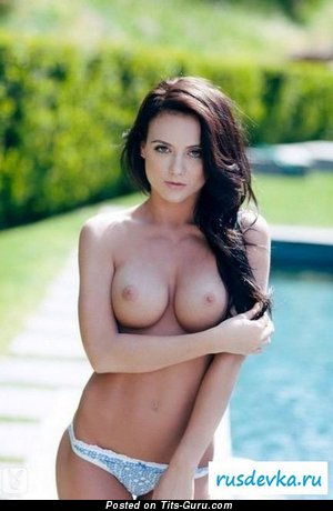 Amazing Brunette with Amazing Naked Full Tits (Porn Picture)