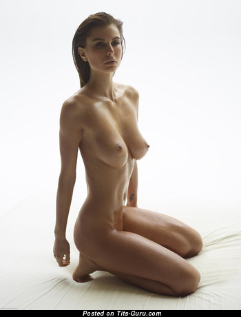 Image. Marisa - naked wonderful woman with medium natural breast photo