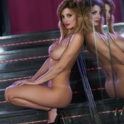 Rosy Maggiulli - hot lady with big tittys photo