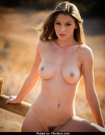 Dazzling Naked Babe (Hd Sex Foto)