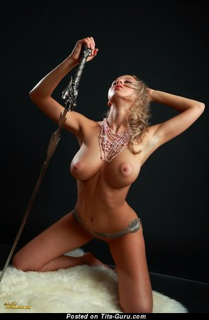 Image. Mandy Dee - awesome female with natural tittes image