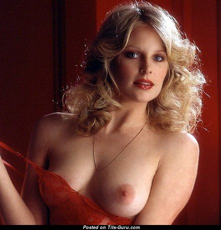 Martha Elizabeth Thomsen - Alluring Babe with Alluring Nude Natural Tittys (Sexual Picture)