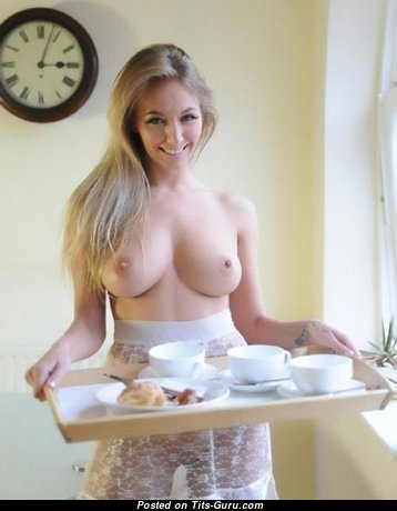 Handsome Topless Blonde Babe with Handsome Defenseless Natural Normal Breasts (Sex Foto)
