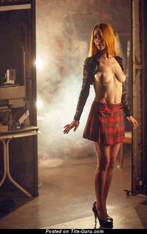 Изображение. noname сиськи фото: средние сиськи, натуральная грудь