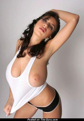 Изображение. Фотография офигенной голой женщины с большими дойками