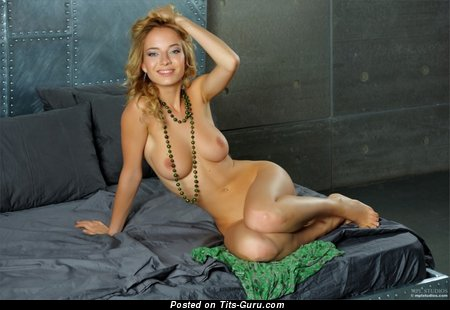 Naked nice female pic