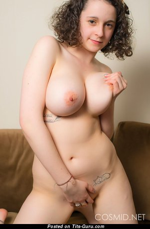 Image. Hanna Bollie - naked hot female with big natural boobs photo