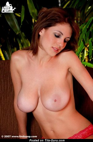Image. Alicia Cano - nude beautiful female with medium natural tits picture