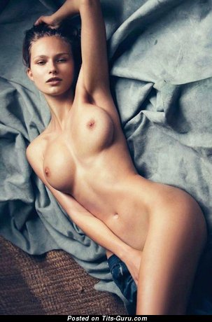 Sexy nude wonderful girl picture