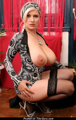 Image. Cassandra - naked nice woman with huge natural boob image