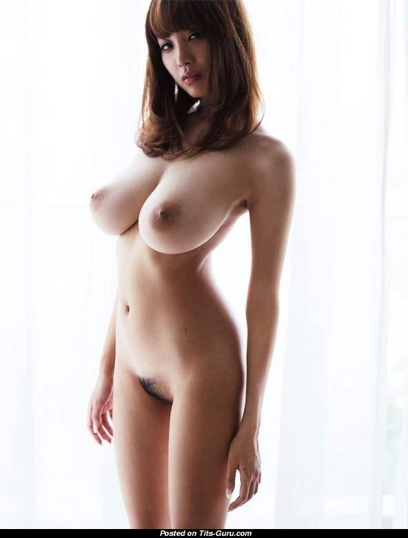 Naked Amazing Lady With Big Natural Tittys Pic  1612 -3652