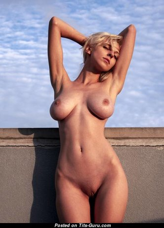 Graceful Topless Blonde Babe with Graceful Open Real Normal Chest (Porn Pic)