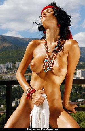 Eugenia Diordiychuk Aka Katie Fey Aka Shawnee Aka Jenya D Aka Jenya K - Dazzling Naked Babe (Xxx Pix)