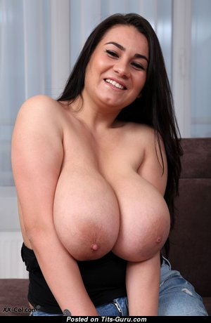 Amazing Topless & Glamour Babe with Enormous Nipples (Hd Porn Photo)