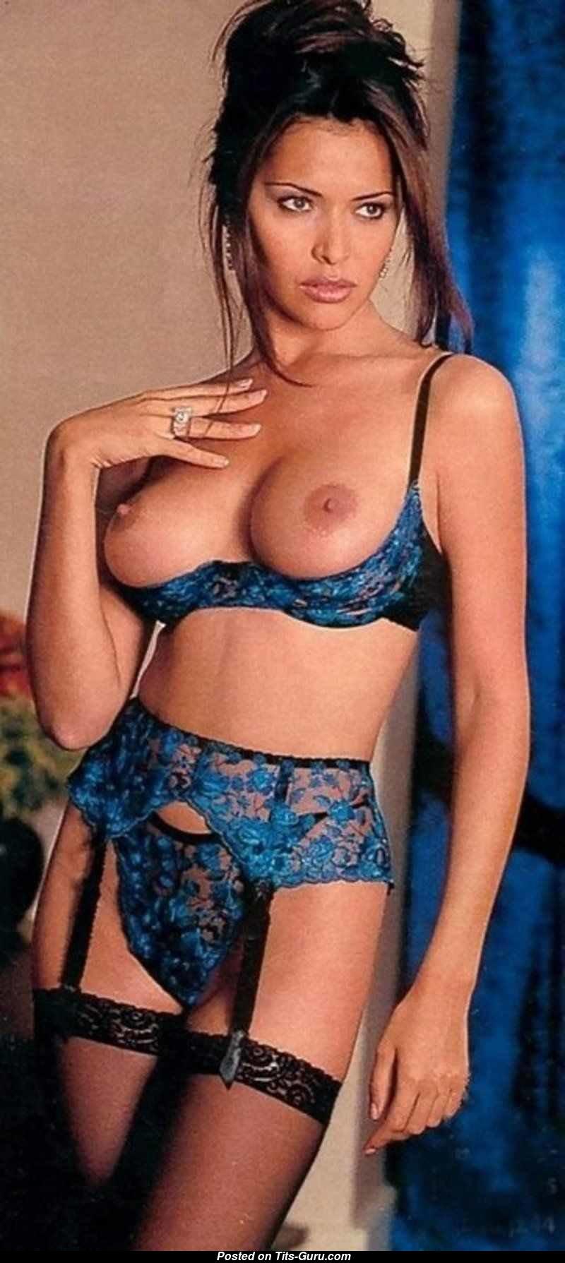 Alexandra nackt Kabi Sex Motors