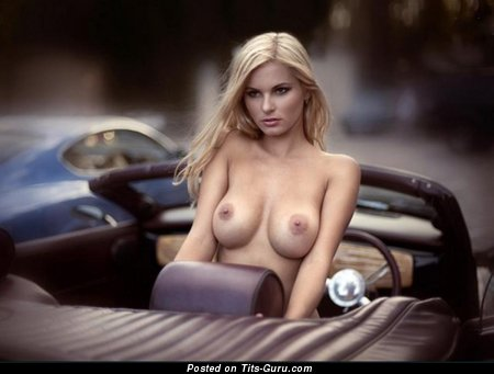 Image. Nude hot lady with big tittys photo