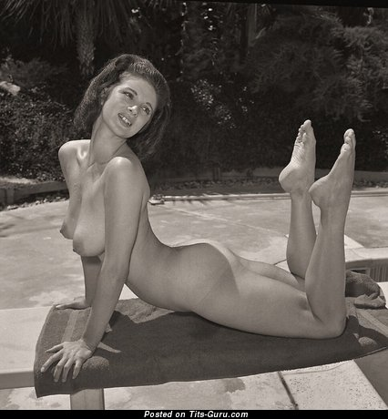 Awesome Dame with Awesome Naked Natural Soft Chest (Vintage Sexual Picture)