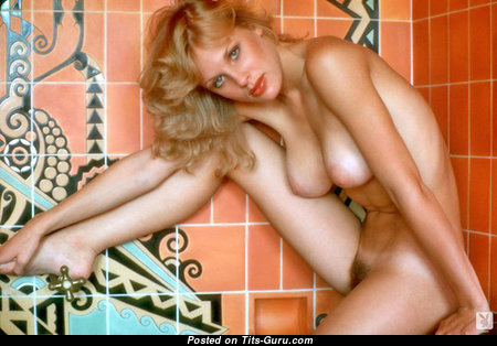 Dorothy Stratten - Fascinating Canadian Playboy Blonde Babe & Actress with Fascinating Defenseless Real Dd Size Chest (Vintage Hd Porn Foto)