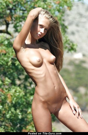 Naked nice woman with natural tittys image