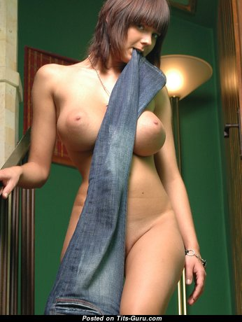 Stunning Brunette Babe with Stunning Nude Natural H Size Boobs (Hd Xxx Photo)