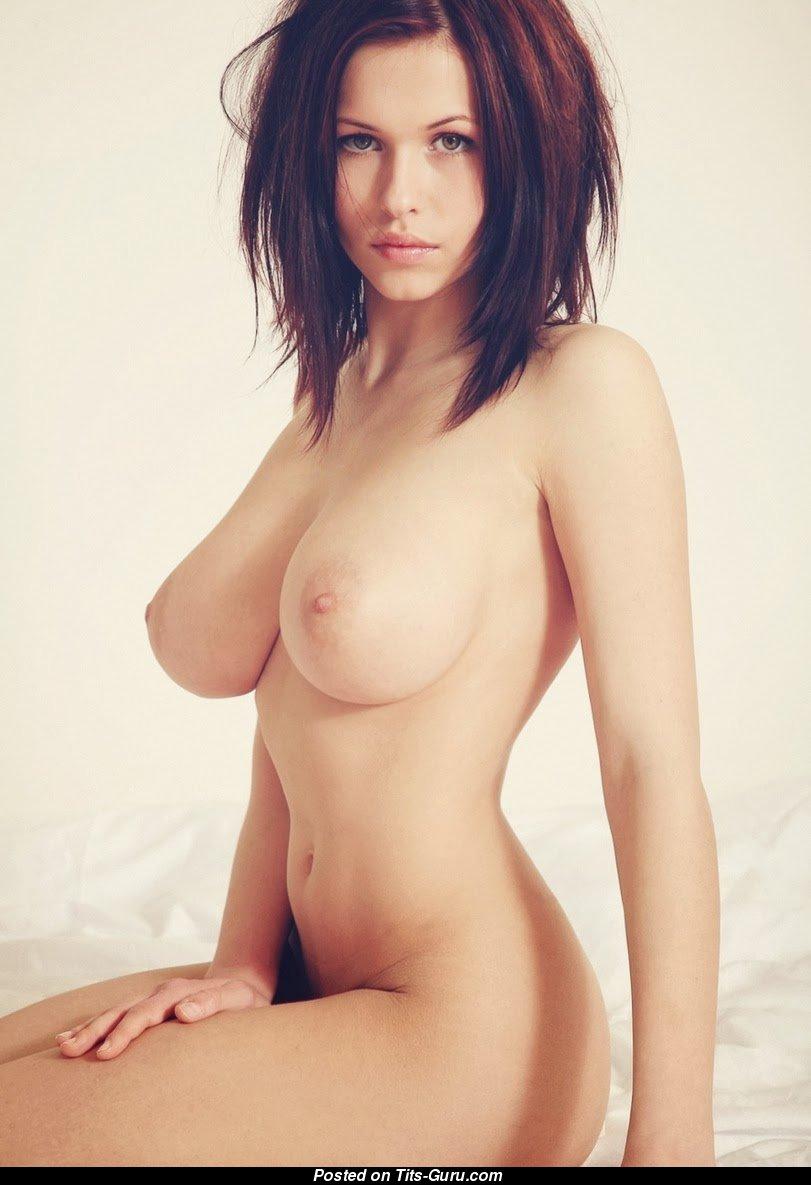 reagan foxx boobs