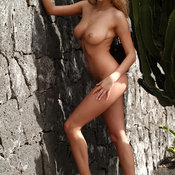 Amateur - blonde with natural tittes pic