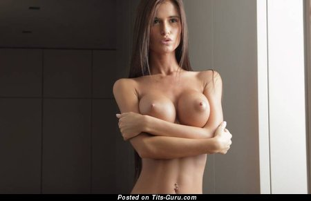 Image. Nude amazing lady with big fake tittes pic