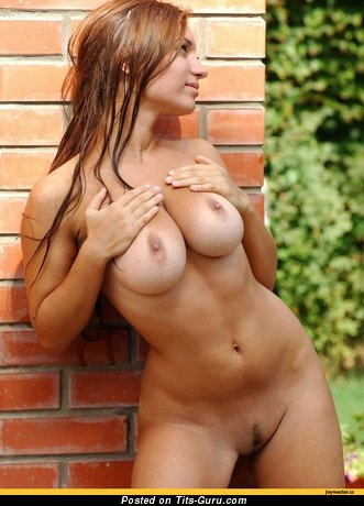 Image. Amazing female with big natural tittys picture