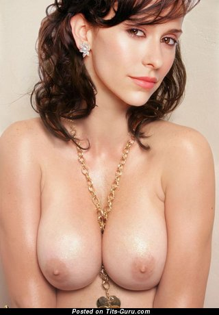 Jennifer Love Hewitt - Delightful American Actress, Babe & Singer with Delightful Nude Natural Med Jugs (18+ Picture)