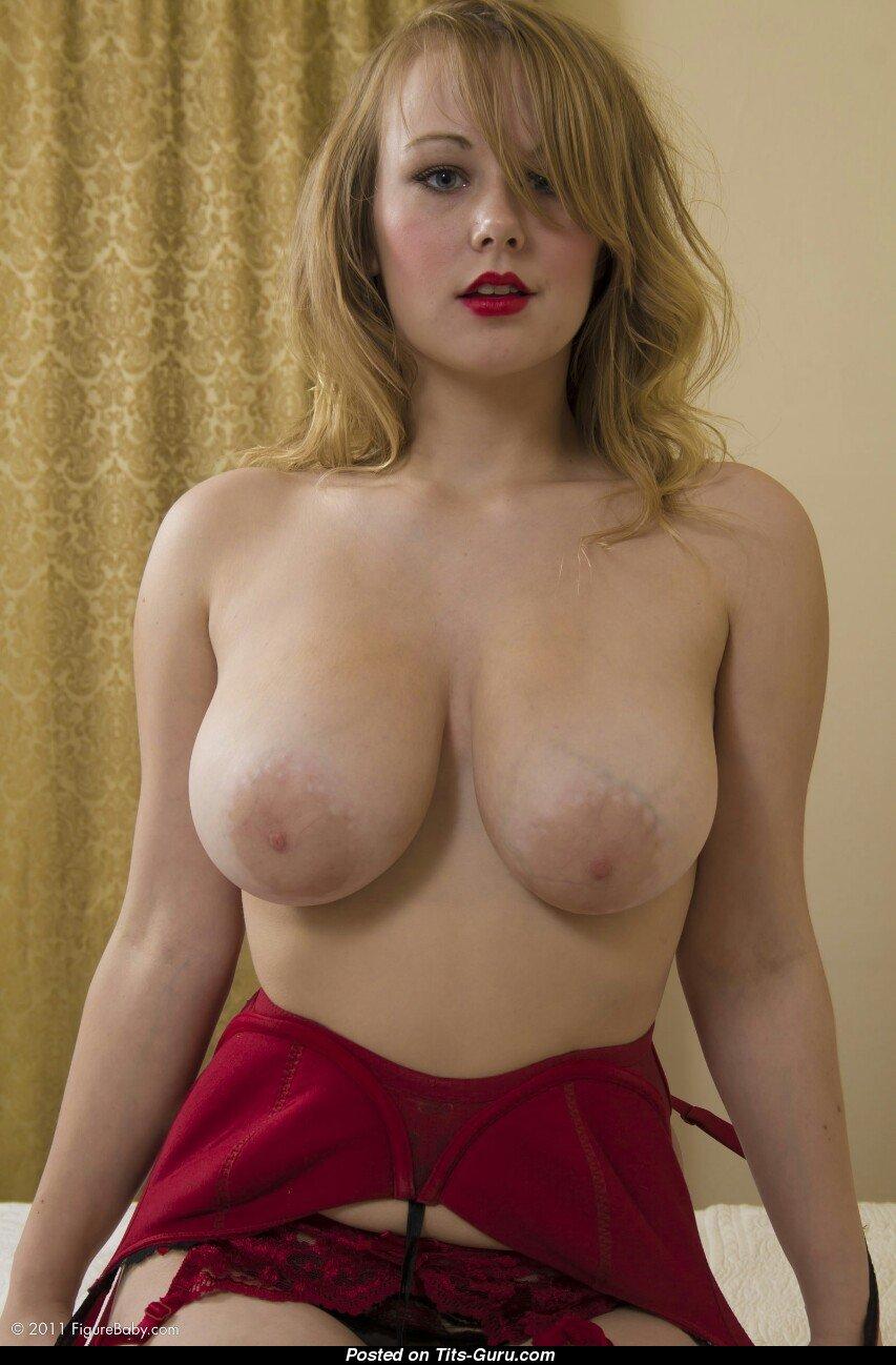 Rachael Taylor nudes
