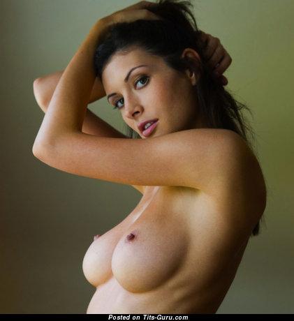Изображение. orsi kocsis сиськи фото: средние сиськи, натуральная грудь, hd
