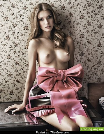Exquisite Dame with Exquisite Bare Real Soft Boobs (Xxx Photo)