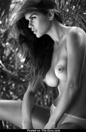 Image. Naked beautiful woman with medium natural breast image