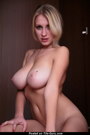 Splendid Female with Splendid Nude G Size Tit (Sexual Photoshoot)