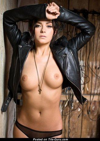 Изображение сексуальной голой тёлки