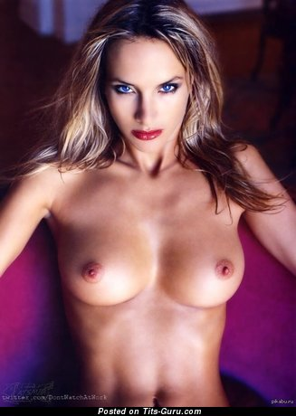 Image. Nude hot woman with medium breast pic