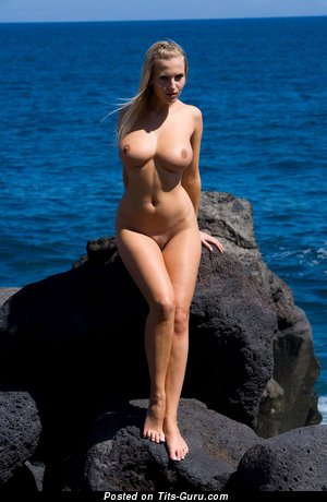 Image. Nude awesome female with big boob image