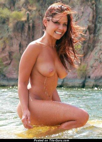 Sexy naked beautiful lady with medium natural boob pic