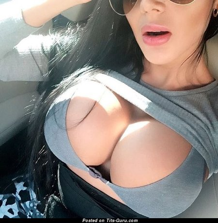 Image. Amateur naked nice girl selfie