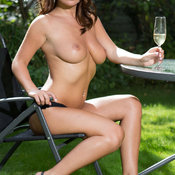 Kelly Hall - wonderful woman with medium natural tittes picture